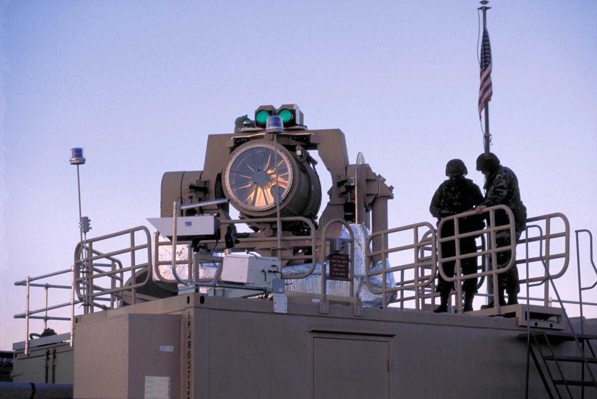 Излучатель лазерного комплекса Nautilus THEL на испытаниях в США / фото army.mil