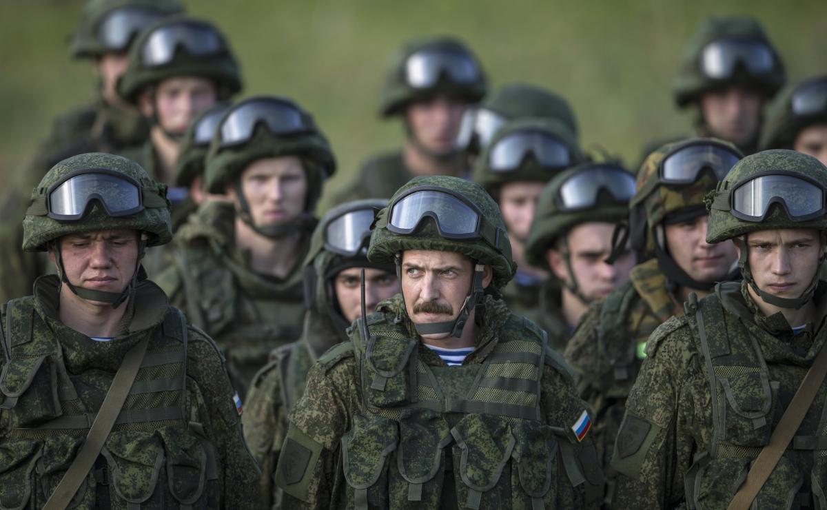 Российские военные, иллюстрация / REUTERS