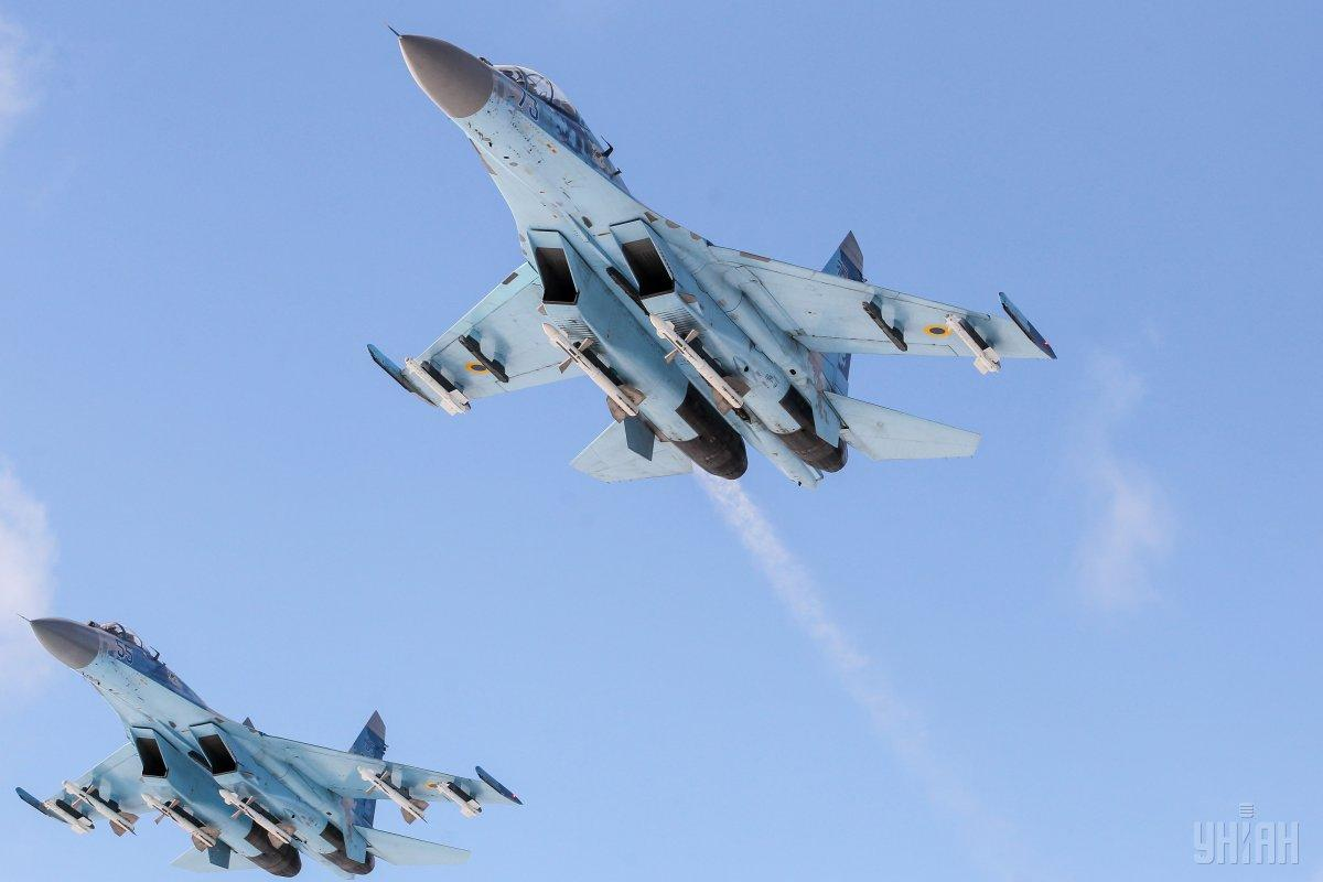 Su-27 flying in Zhytomyr region / Photo from UNIAN