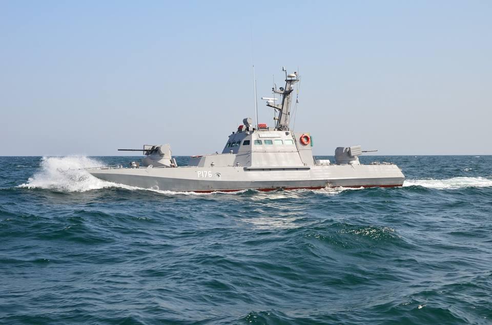 Восстановленный катер ужеспустили на воду / фото mil.gov.ua