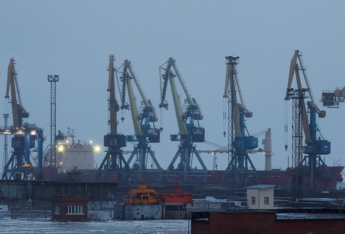 Українські морпорти обмежили роботу через негоду / REUTERS