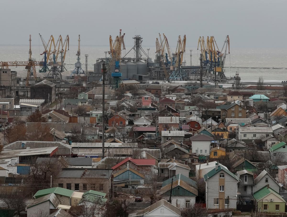 В Бердянске уже введен в эксплуатацию новый зерновой терминал / REUTERS
