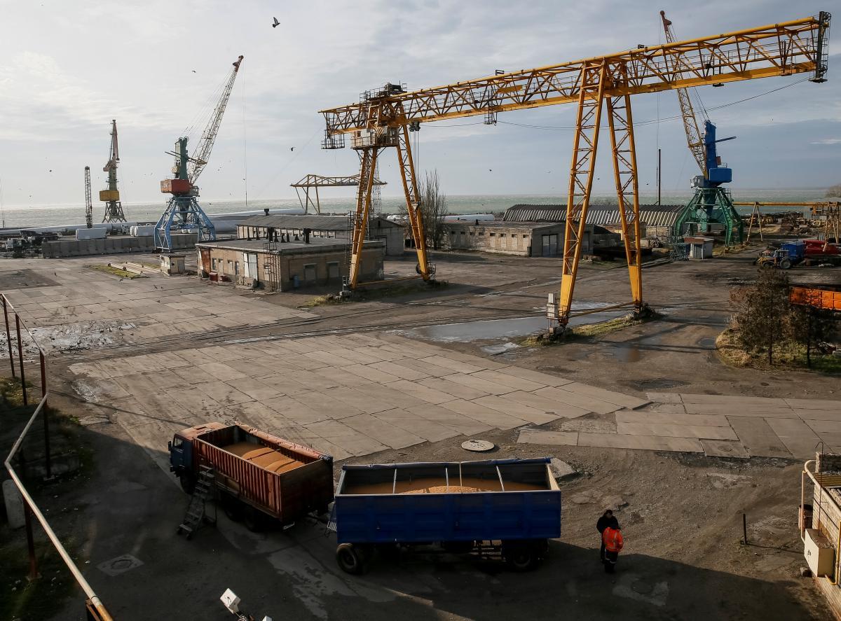 Россия снова взялась за блокаду украинских портов / Иллюстрация REUTERS