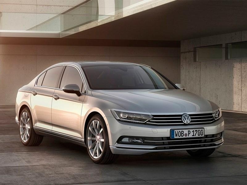 Вартість на складські автомобілів Volkswagen Passat знизилась на суму від 17224 до 21 641 гривень / MotorPage