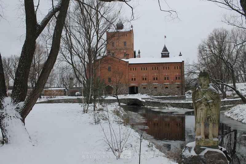 Новий рік у замку неодмінно перенесе вас у казку / Фото radozamok.com.ua