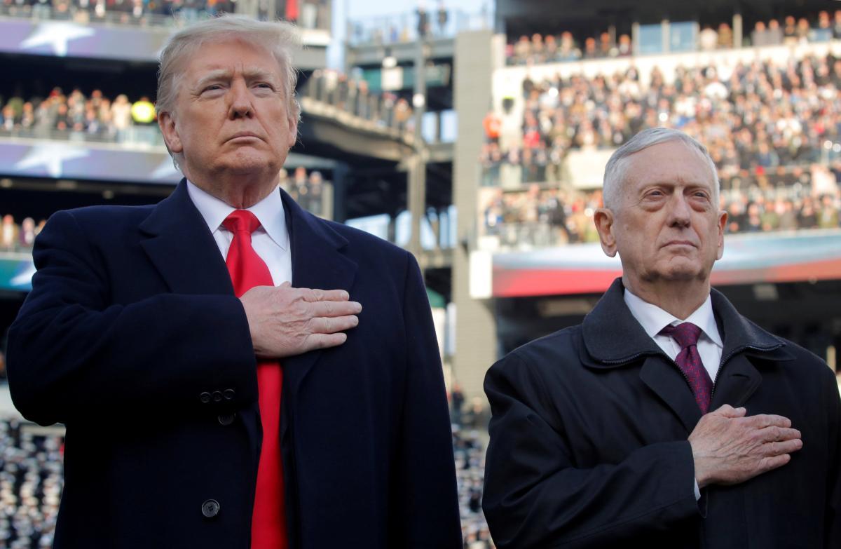 Дональд Трамп и Джеймс Мэттис / REUTERS