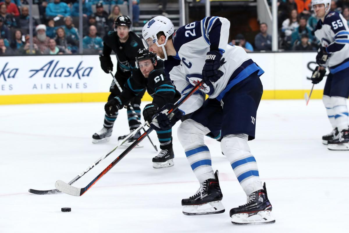 Виннипег обыграл Сан-Хосе и стал лидером дивизиона НХЛ / Reuters