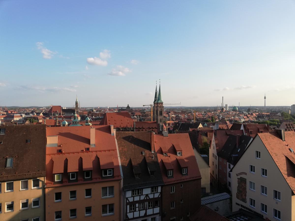 Вид на Старый город Нюрнберга со смотровой площадки крепости / Фото Марина Григоренко