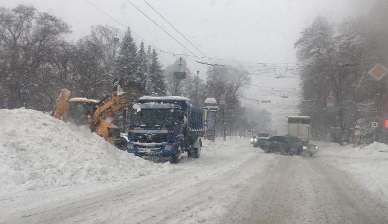 На Харьков обрушился снегопад / фото objectiv.tv