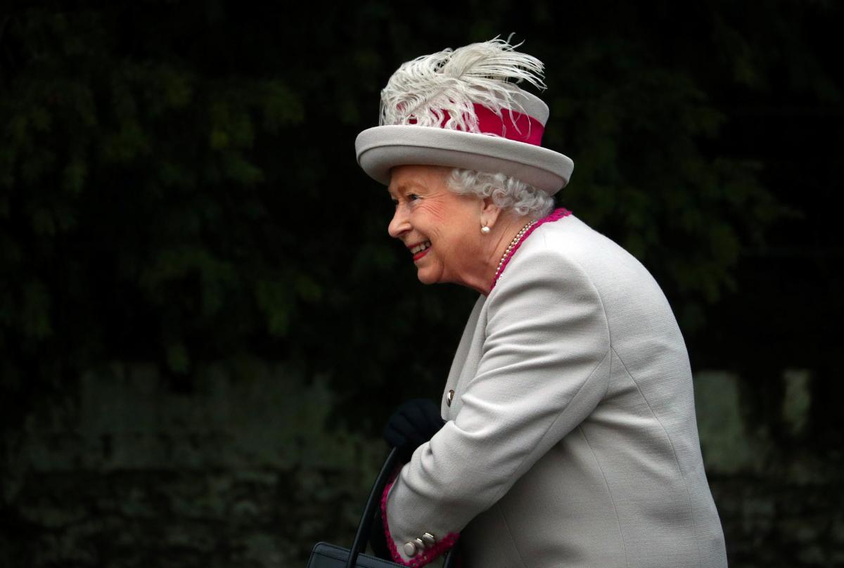 Королевская семья отмечает Рождество вСэндригеме— Великобритания