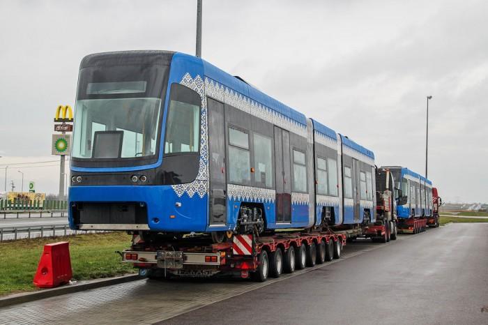 Два последних вагона прибыли в Киев в пятницу, 21 декабря / фото Jacek Pudlo