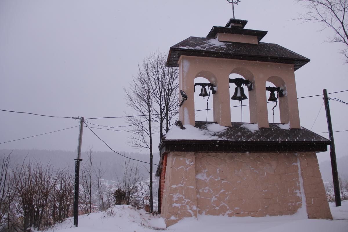 Колокольня у церкви святого Николая / фото: Ольга Броскова