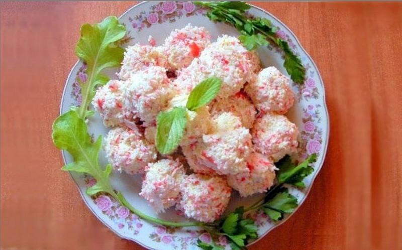 Крабово-сырные шарики / фото 1000.menu