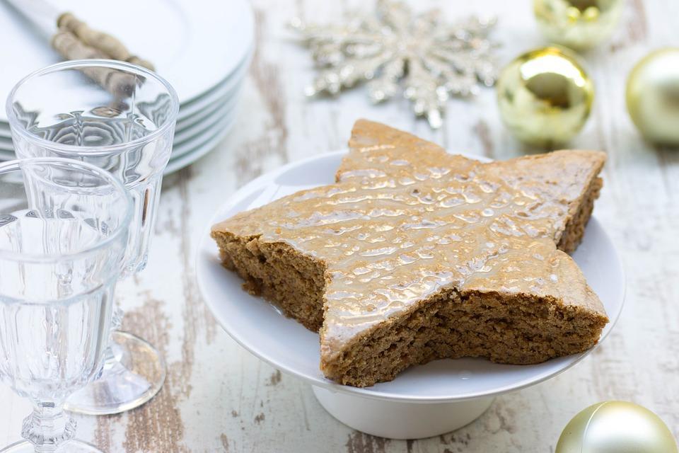 Подборка поможет вам выбрать свой вариант приготовления торта на Новый год / фото pixabay.com