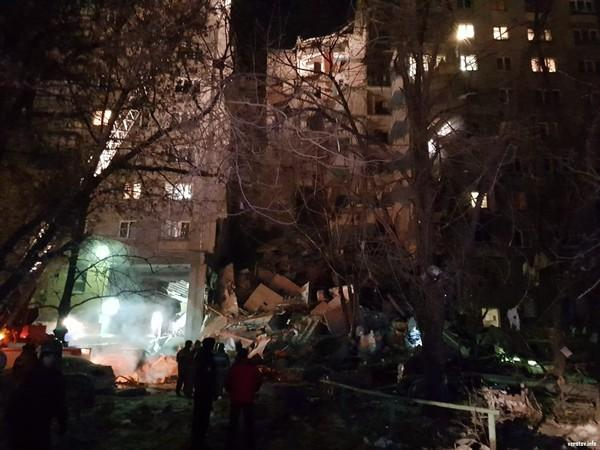 В Магнитогорске после обрушения подъезда объявлен режим ЧС / фото из открытых источников