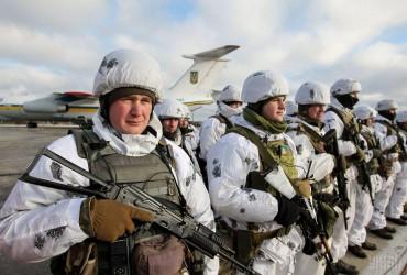 В Україні сьогодні відзначають День Збройних Сил: найкращі привітання та листівки