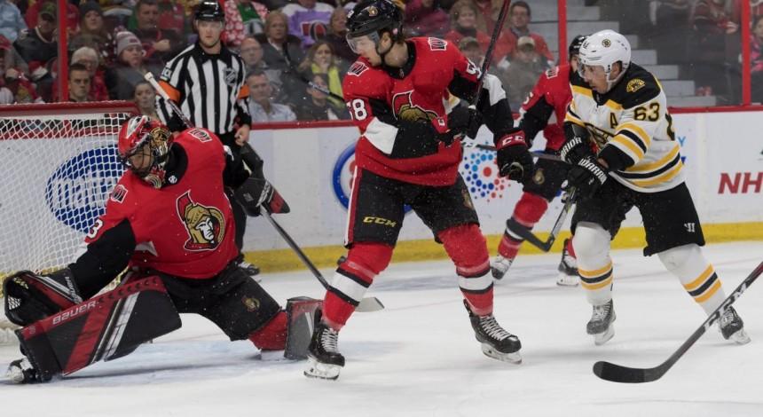 Бостон обыграл Оттаву в овертайме, Виннипег разгромил Филадельфию в НХЛ