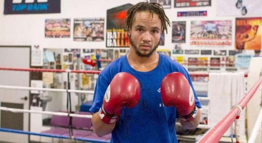 Первый в истории боксер-трансгендер провел бой в США