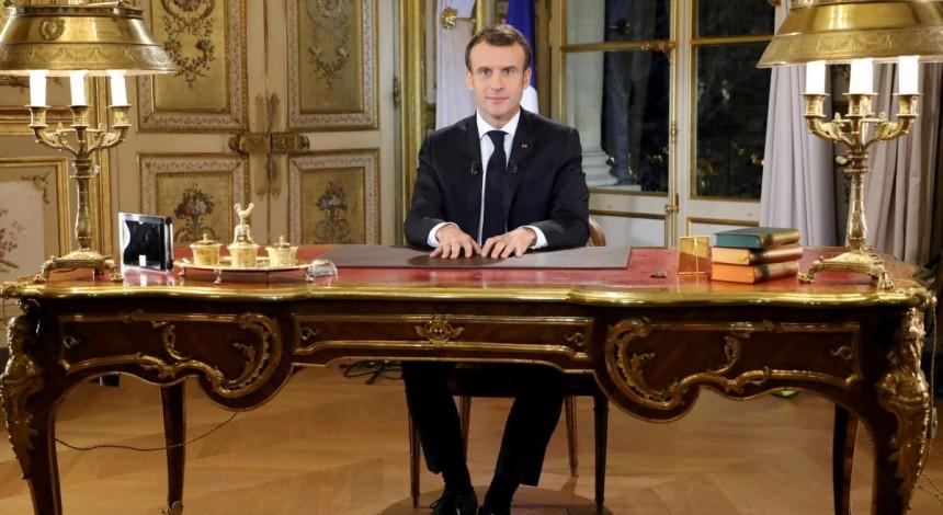 Президент Франції пообіцяв підняти мінімальну зарплату в країні на 100 євро