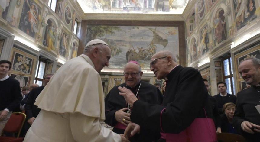 Папа Римский сказал, какие задачи сейчас стоят перед журналистами