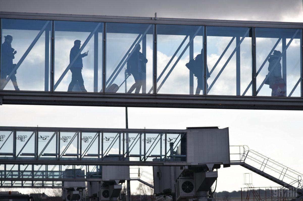 Работа аэропорта вскоре после инцидента восстановилась \ фото УНИАН