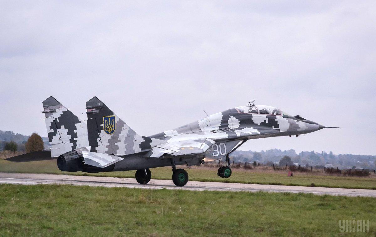 Фронтовые истребители МиГ-29 нужно будет заменять / фото УНИАН