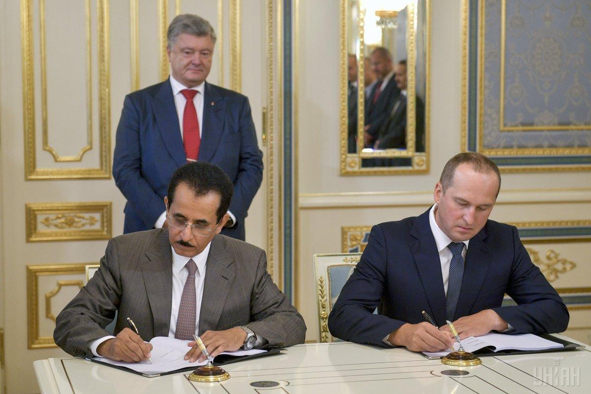 Сделка купили-продажи агрохолдинга «Мрия» проходила под патронатом президента Порошенко / фото УНИАН