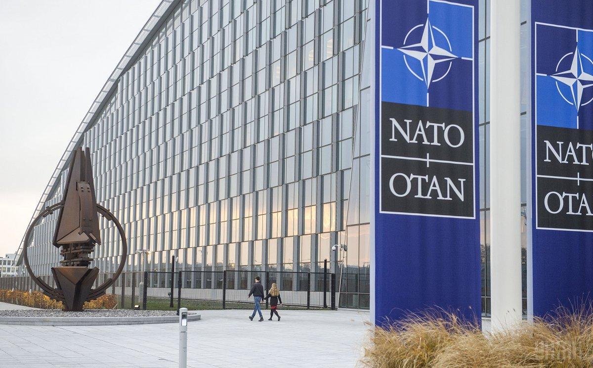 У НАТО запевнили в готовності продовжувати тиск на РФ / фото УНІАН