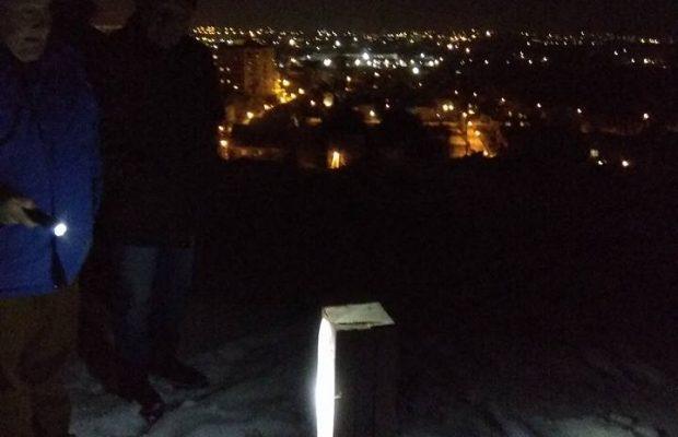 Неизвестные лица уничтожили дубовый крест, который простоял более 25 лет \ Фото: Михаил Городиский