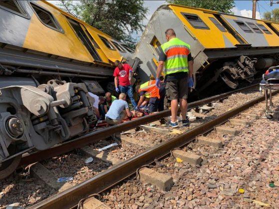 Рейсы поездов в районе временно приостановлены / фото Abramjee/Twitter