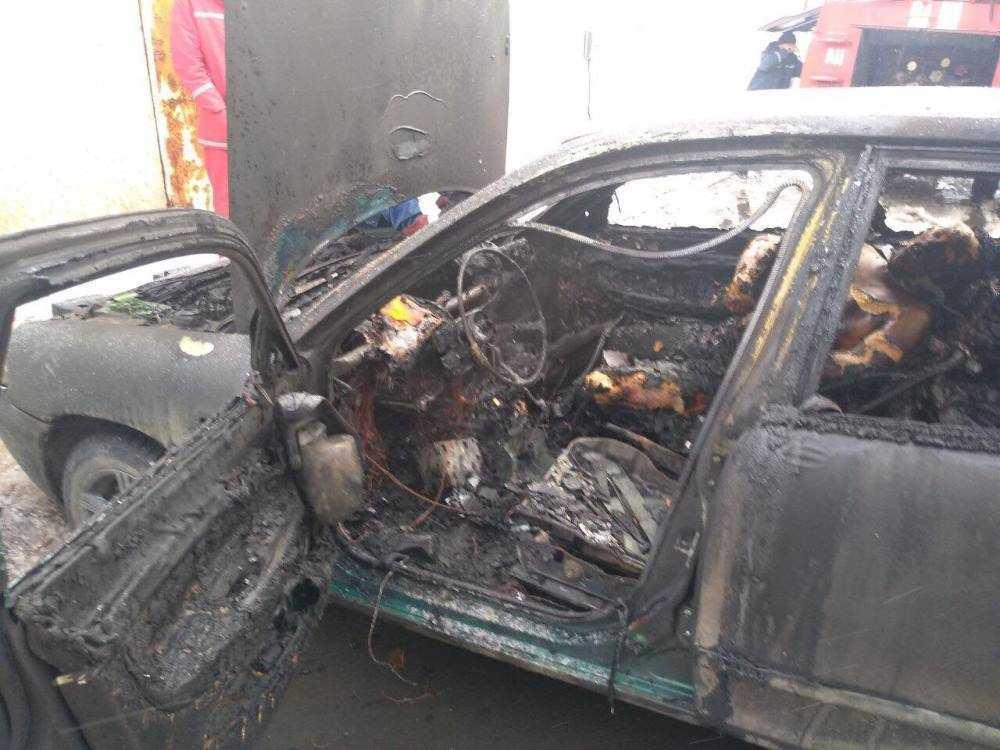 Во время тушения пожара обнаружены двое погибших мужчин \ Фото ГУ ГСЧС в Одесской области