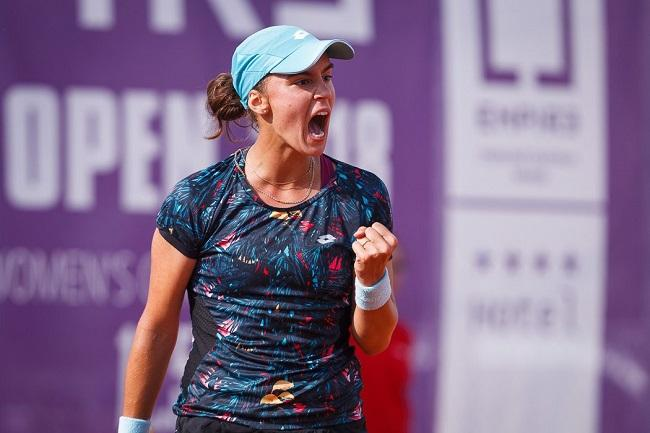 Ангелина Калинина прошла во второй круг / фото: Empire Tennis