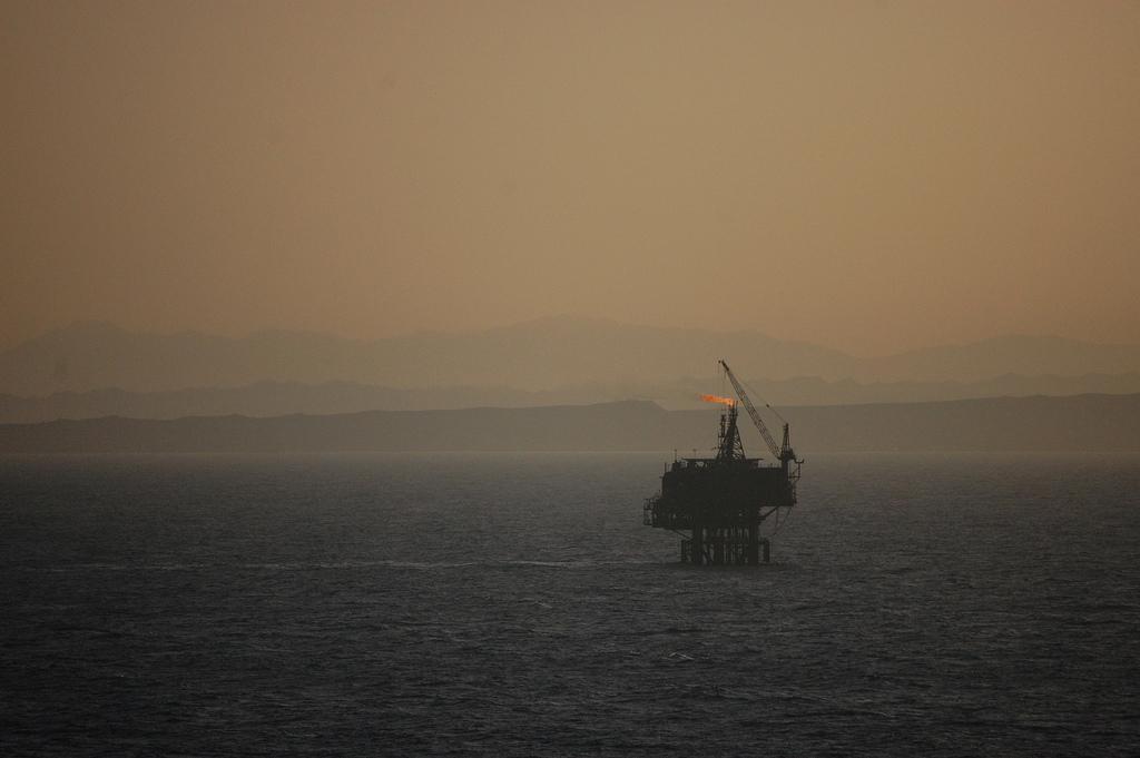 Эксперты снизили прогноз цен на нефть в текущем году / фото flickr.com, jgmorard