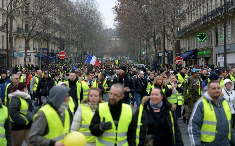 """Демонстрации движения """"желтых жилетов"""" в Париже / Pulse Ghana"""