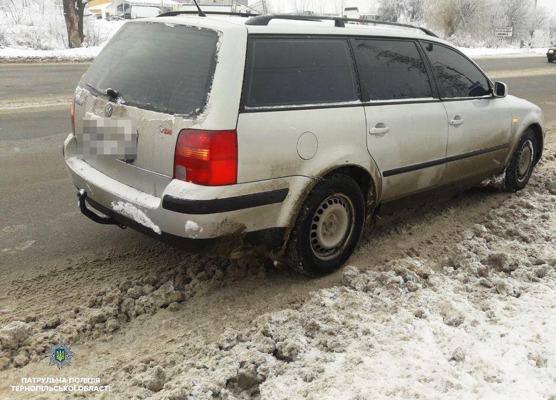 В Тернополі знайшли водіїв з підробленими документами / Патрульна поліція Тернопільської області