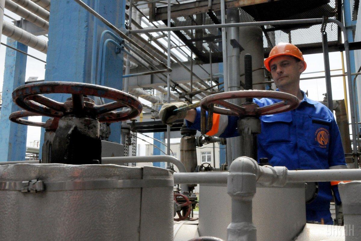 Майже половину імпорту нафти забезпечили постачання з Росії / фото УНІАН