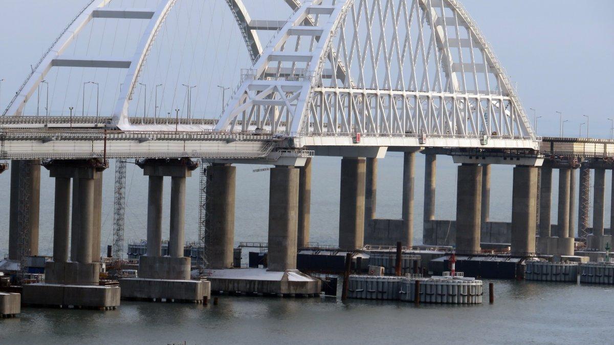 Крымский мост движется, говорят в МинВОТ / twitter.com/KrimRt