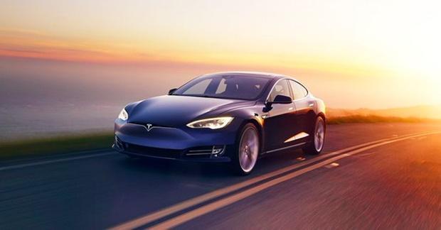 Model S и X с аккумулятором на 75 кВт/ч была самой дешевой у Tesla / фото twitter/elonmusk