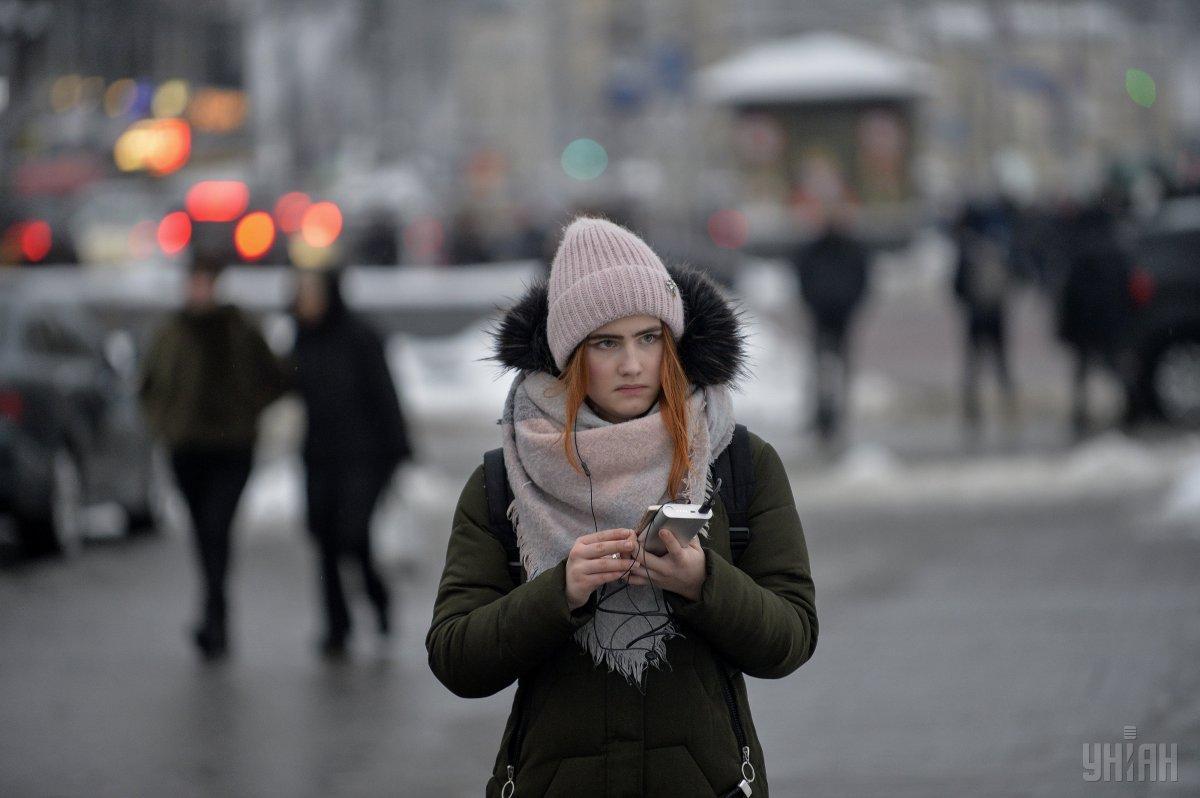 Количество абонентов мобильной связи достигло 53,93 млн человек / фото УНИАН