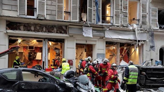 У результаті вибуху в Парижі постраждали 20 осіб / фото lefigaro.fr