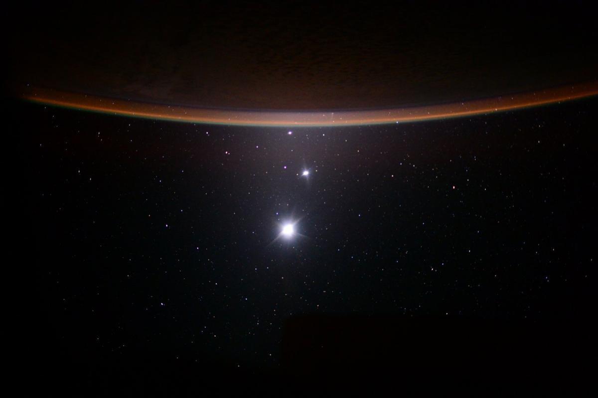 Вселенная может состоять в основном из материи, которая возникла до ее рождения / фото nasa.gov
