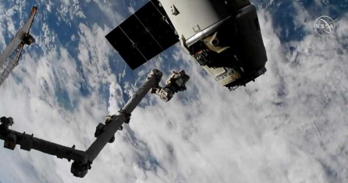 Це був вже 16-й політ вантажного корабля до МКС \ @SpaceX