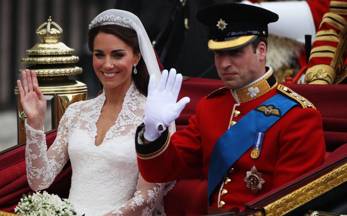 Можливо, принца Гаррі і Меган Маркл просто не запросили на свято \ 1zoom.ru