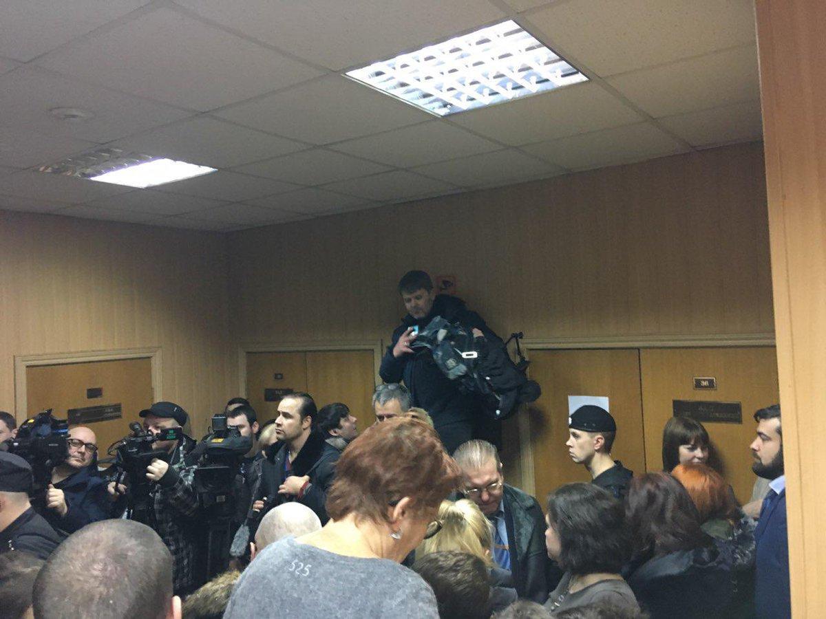 Моряки сослались на Женевскую конвенцию / фото twitter.com/OgonWatch