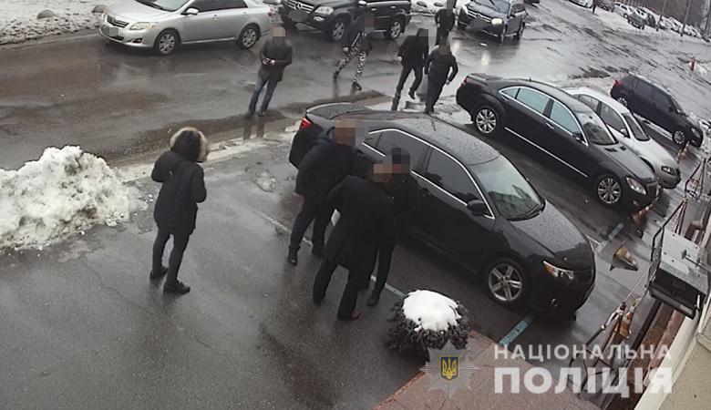 Полиция объявила подозрение двум иностранцам в нападении на Dzidzio / фото kyiv.npu.gov.ua