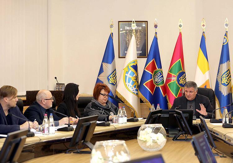 Аваков обіцяє захист усім кандидатам у президенти, але без преференцій / фото facebook.com/mvs.gov.ua