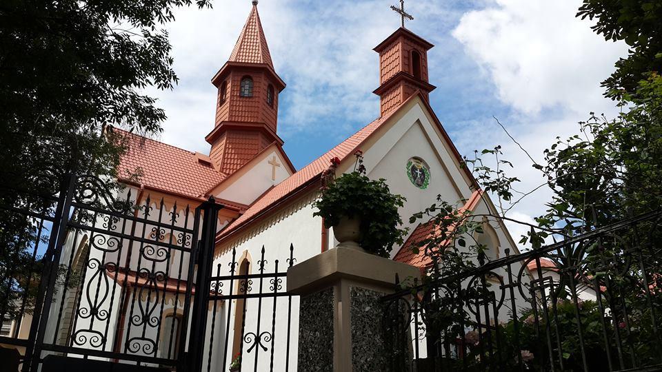 Римско-католический польский костел в Трускавце / Фото Марина Григоренко