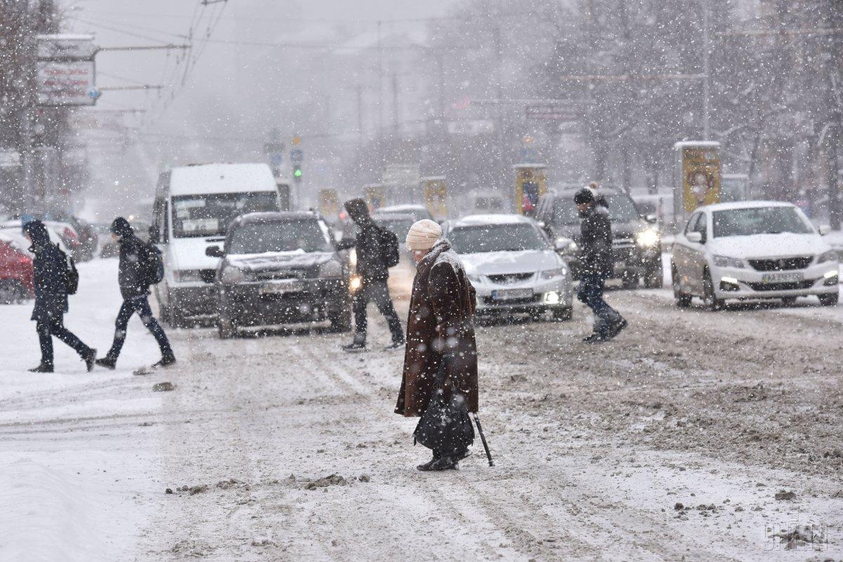 Перевірки соцвиплат проводитимутьпо всій Україні / фото УНІАН