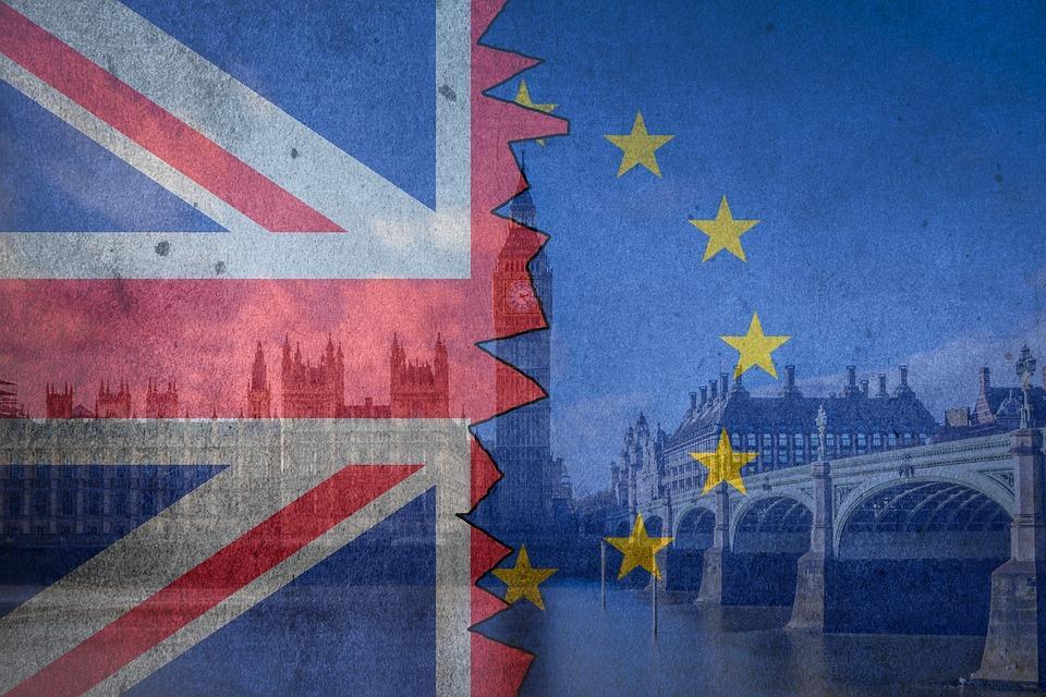 """Королева Елизавета запретила """"жесткий"""" Brexit / фото: Pixabay"""