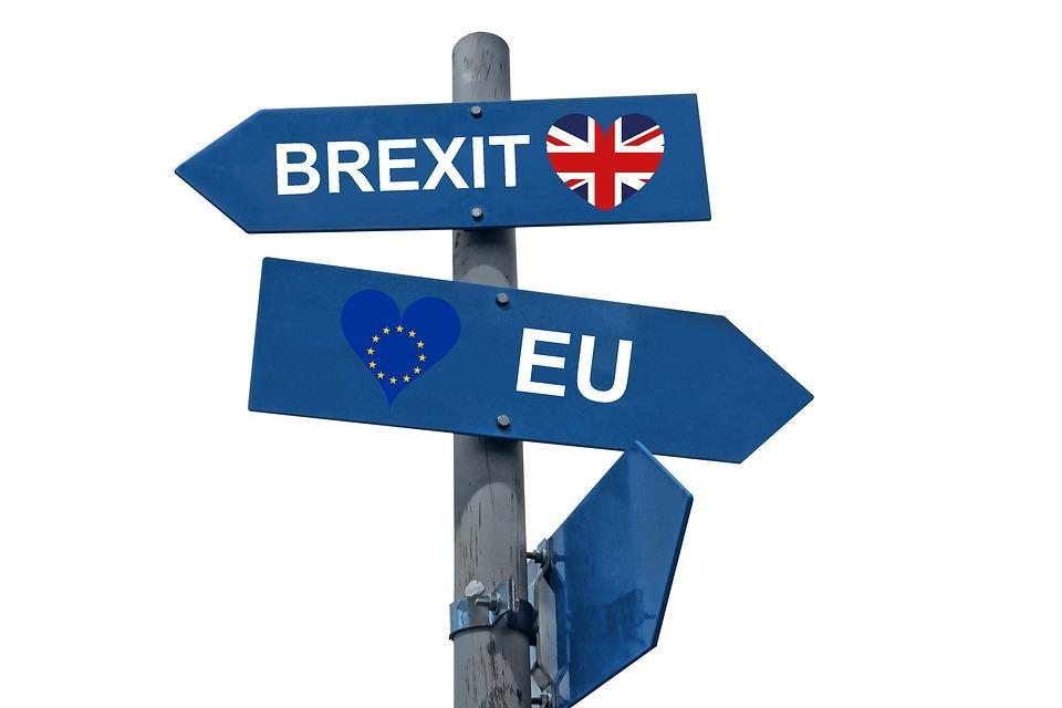 Тереза Мэй провела с Меркель переговоры по Brexit / Pixabay